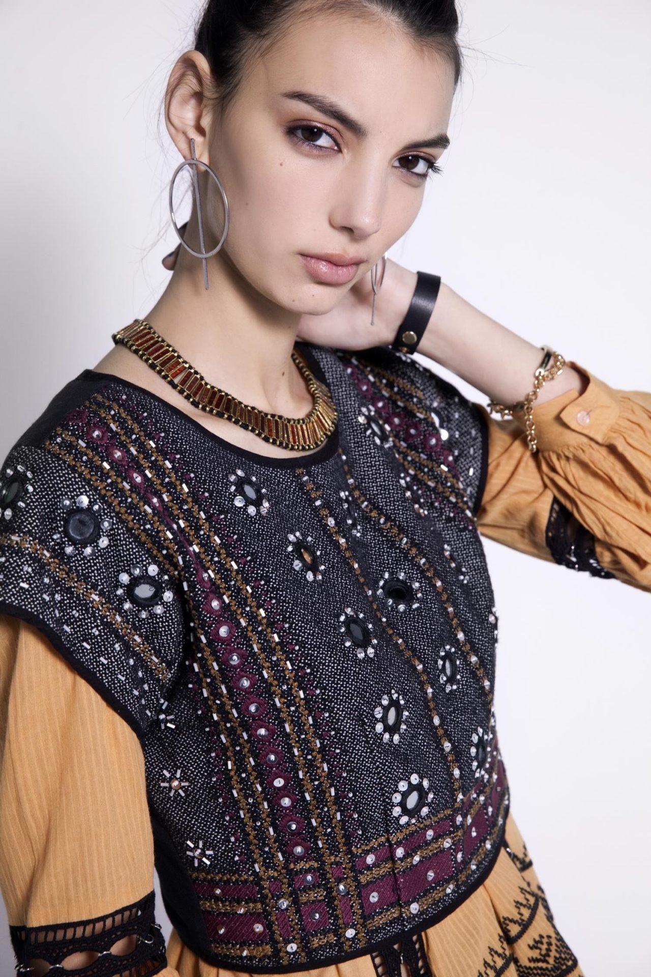 69db1db4cb034 Es por eso que te recomendamos las siete prendas que te ayudarán a  organizarte con tu ropa sin perder estilo y elegancia.